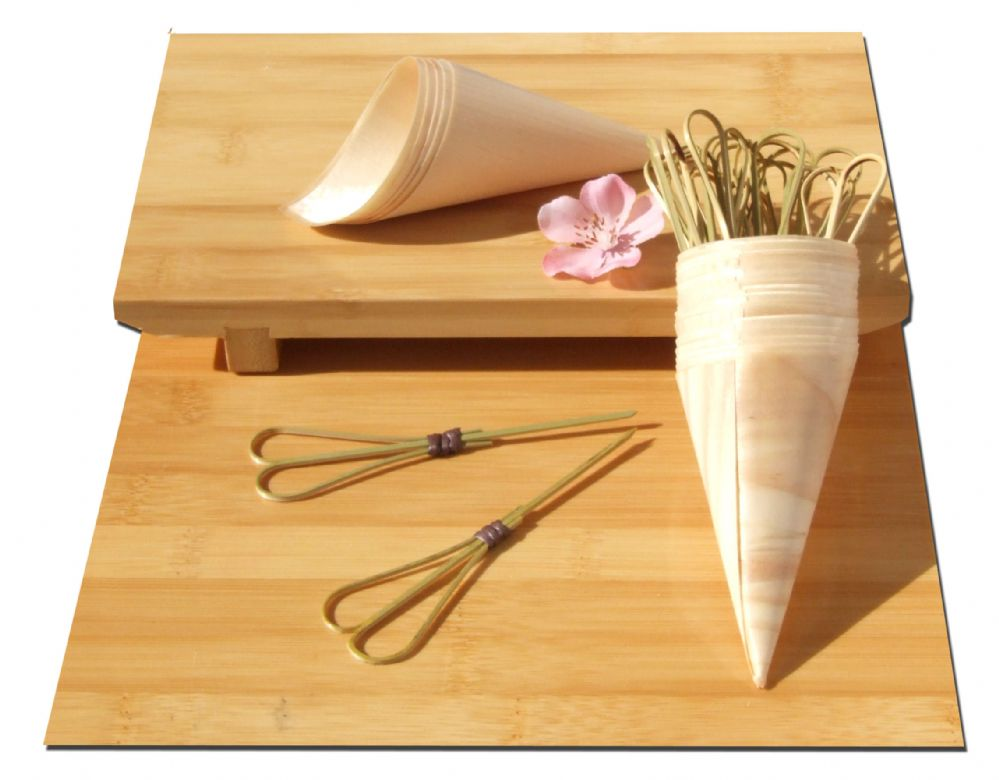 Set of Wood Cones + Heart shaped cocktail sticks x100 for party foods, snacks, nibbles, canapé